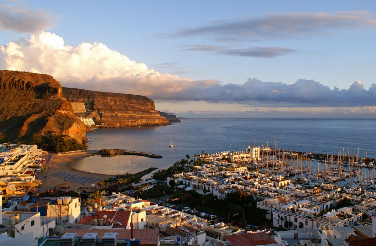 move to canary islands